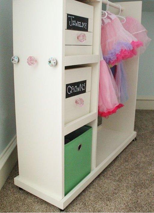 DIY Girls Dress Up Storage
