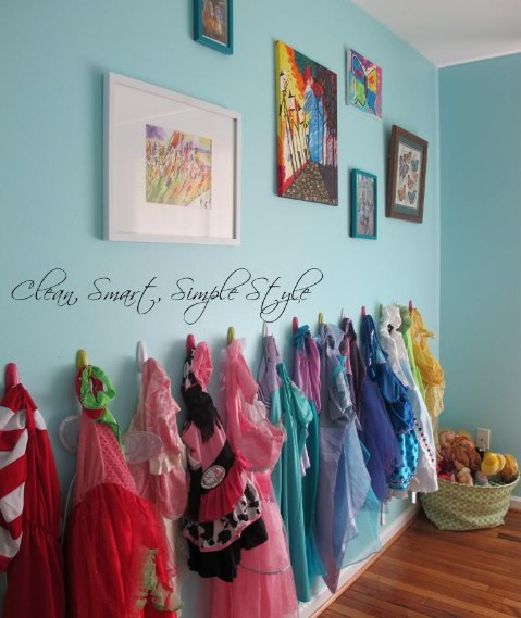 Girls Dress Up Storage on the Wall